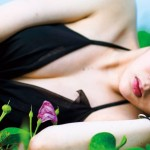 バストトップの黒ずみケアでピンク色!!レーズン乳首ケア口コミと効果