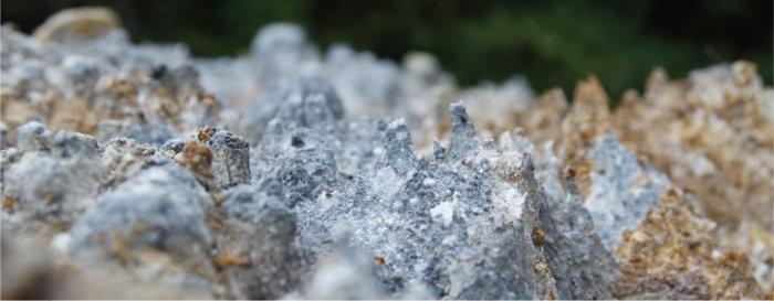 湯の花の結晶